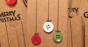 Weihnachtsgeschenk-Tags gemacht aus braunem Papier und Tasten. ... #braunem #di...